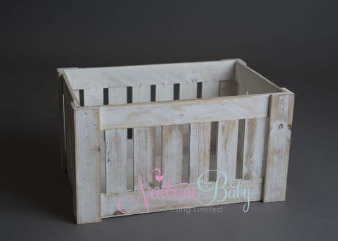 A Simple Crate ~ White Vertical Slats