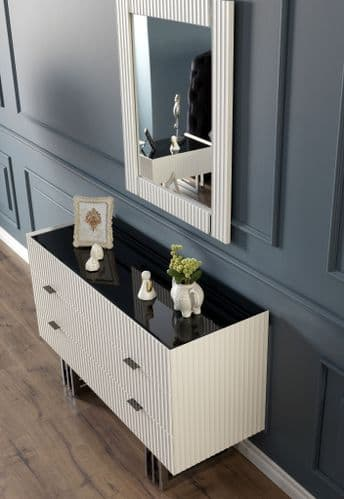 Claudia  Modern Black And White 131cm Wide  Chest Of Drawers