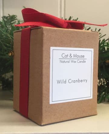 Scented Candle  9cl in a Gift Box - Wild Cranberry