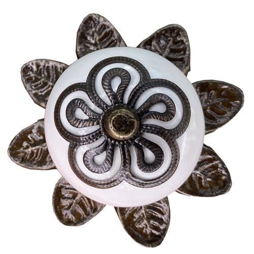 Antique Loopy Fitting Knob with Antique Flower Back Plate
