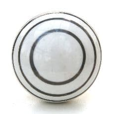 Smooth silver stripes knob