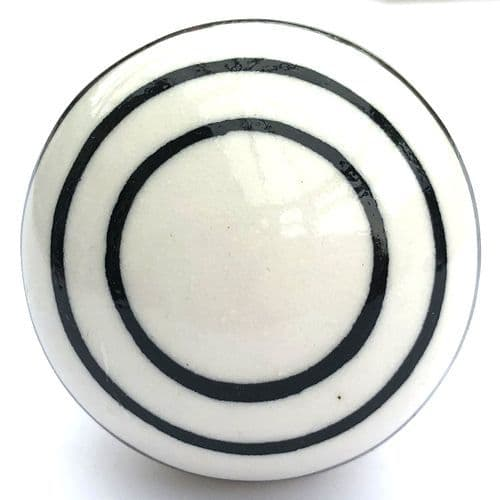 Smooth white/black stripes knob