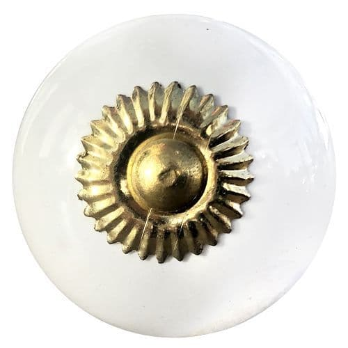 White knob, gold fittings