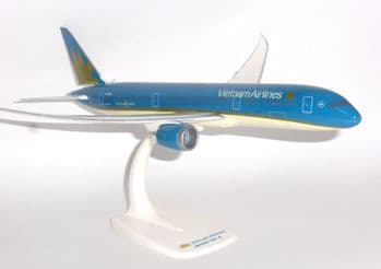 Boeing 787-9 Vietnam Airlines PPC Snap Fit Collectors Model Scale 1:200 E