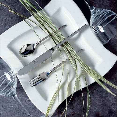 White & Contemporary Dinner Service