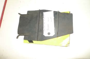 YAMAHA YBR125 BREAKING.  RUBBER DUST COVER  #6  (CON-D)